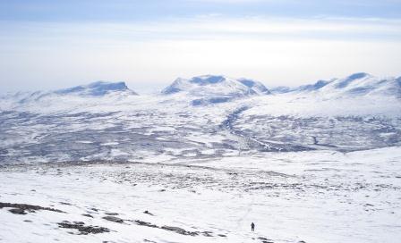 Vy mot Lapporten från Njulla, foto Åsa Wisén